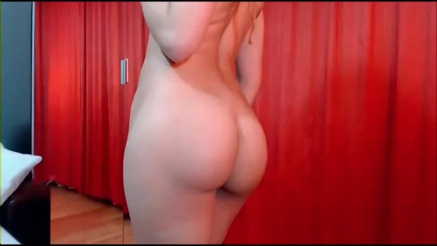 LJ hottie Amy26's ass flash