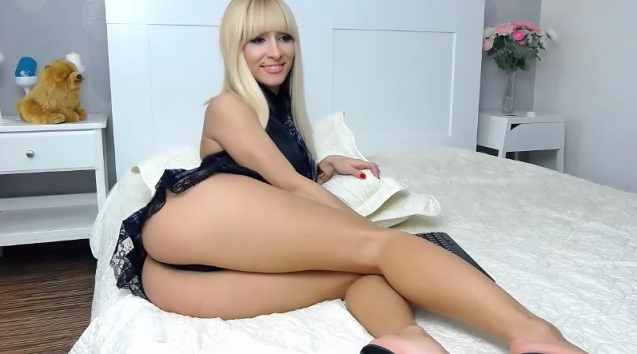 OMG hot ass blond SexyAss4u89 recorded free cam chat